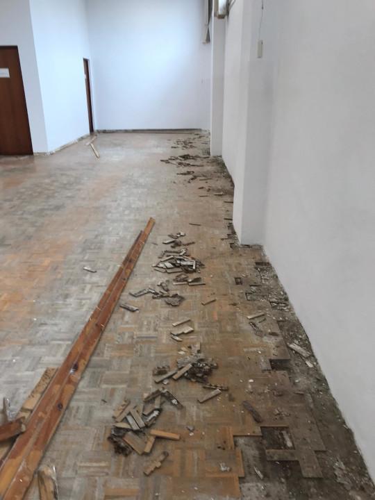 Aspecto del pavimento antes del lijado y barnizado